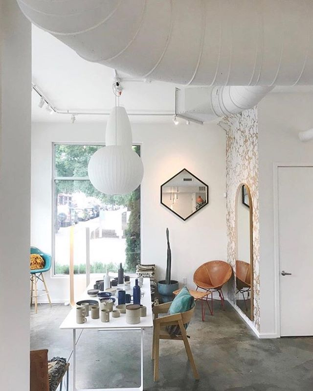 Spotted this shot of our HEX mirror in it's natural habitat @wilder!