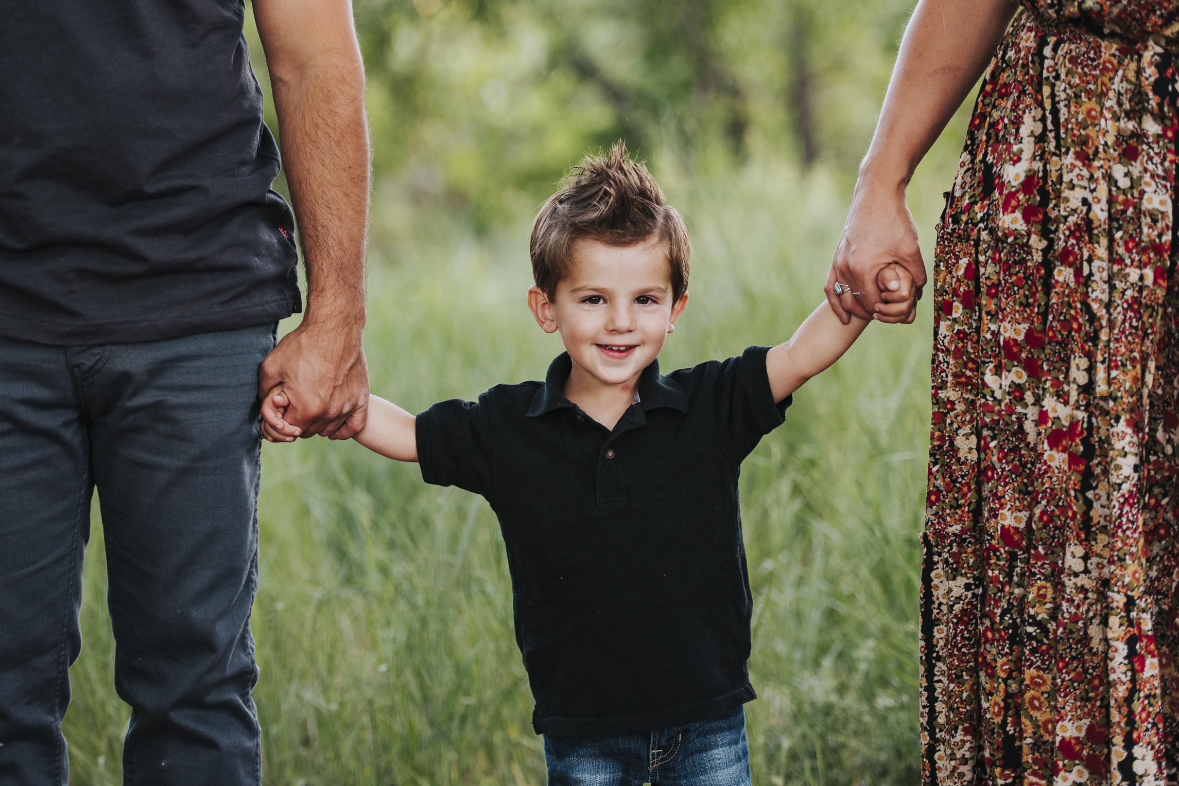 060716 webJAKE & MCKENNA FAMILY PHOTOS - COLORADO PHOTOGRAPHER - DEBI RAE PHOTOGRAPHY-5271.jpg