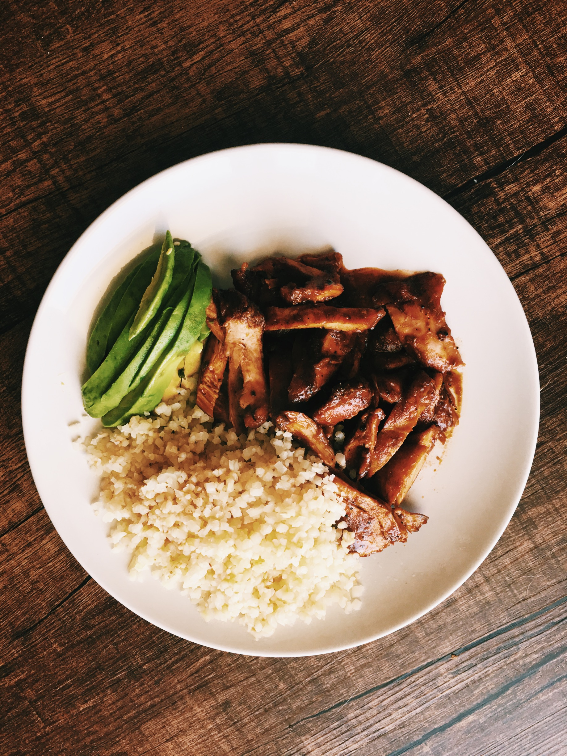 Tessamae bbq chicken (chicken was smoked on our smoker not sure if that's approved as a disclaimer) cauliflower rice and avacado.
