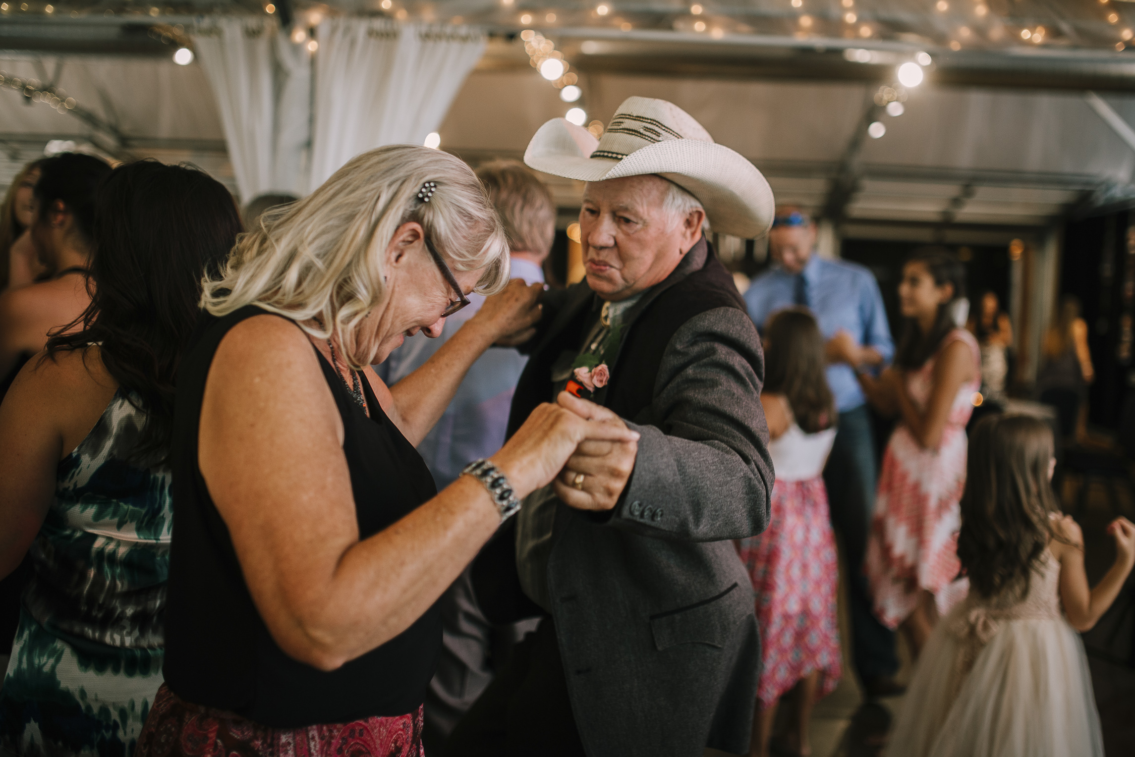 web sized images -- no to print --CALVIN & MCKYLEY WEDDING PHOTOS - COLORADO PHOTOGRAPHER - DEBI RAE PHOTOGRAPHY-2052.jpg