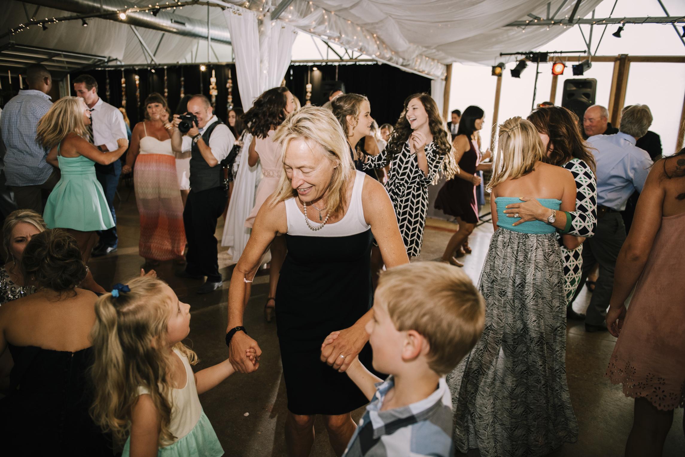 web sized images -- no to print --CALVIN & MCKYLEY WEDDING PHOTOS - COLORADO PHOTOGRAPHER - DEBI RAE PHOTOGRAPHY-2036.jpg
