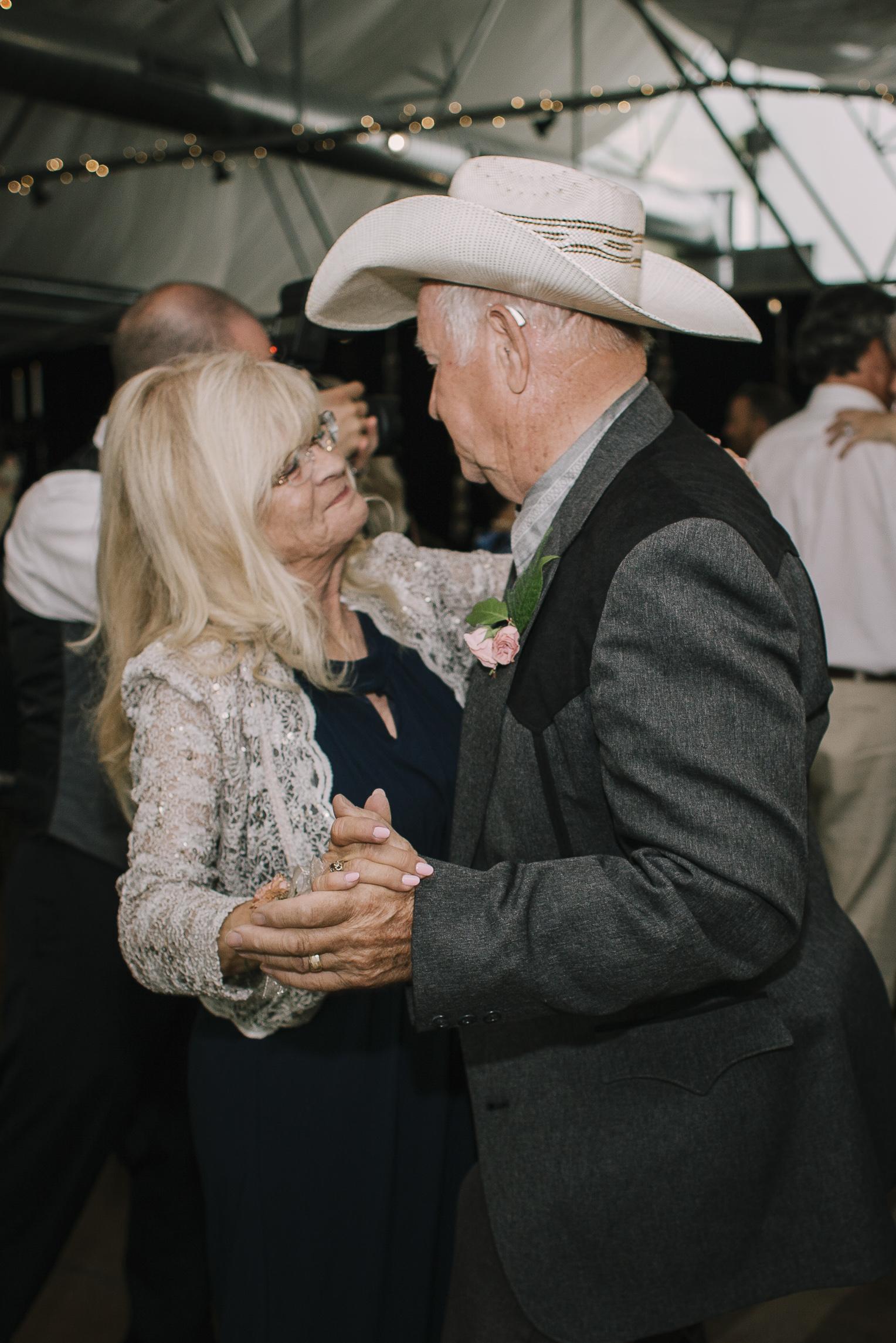 web sized images -- no to print --CALVIN & MCKYLEY WEDDING PHOTOS - COLORADO PHOTOGRAPHER - DEBI RAE PHOTOGRAPHY-2272.jpg