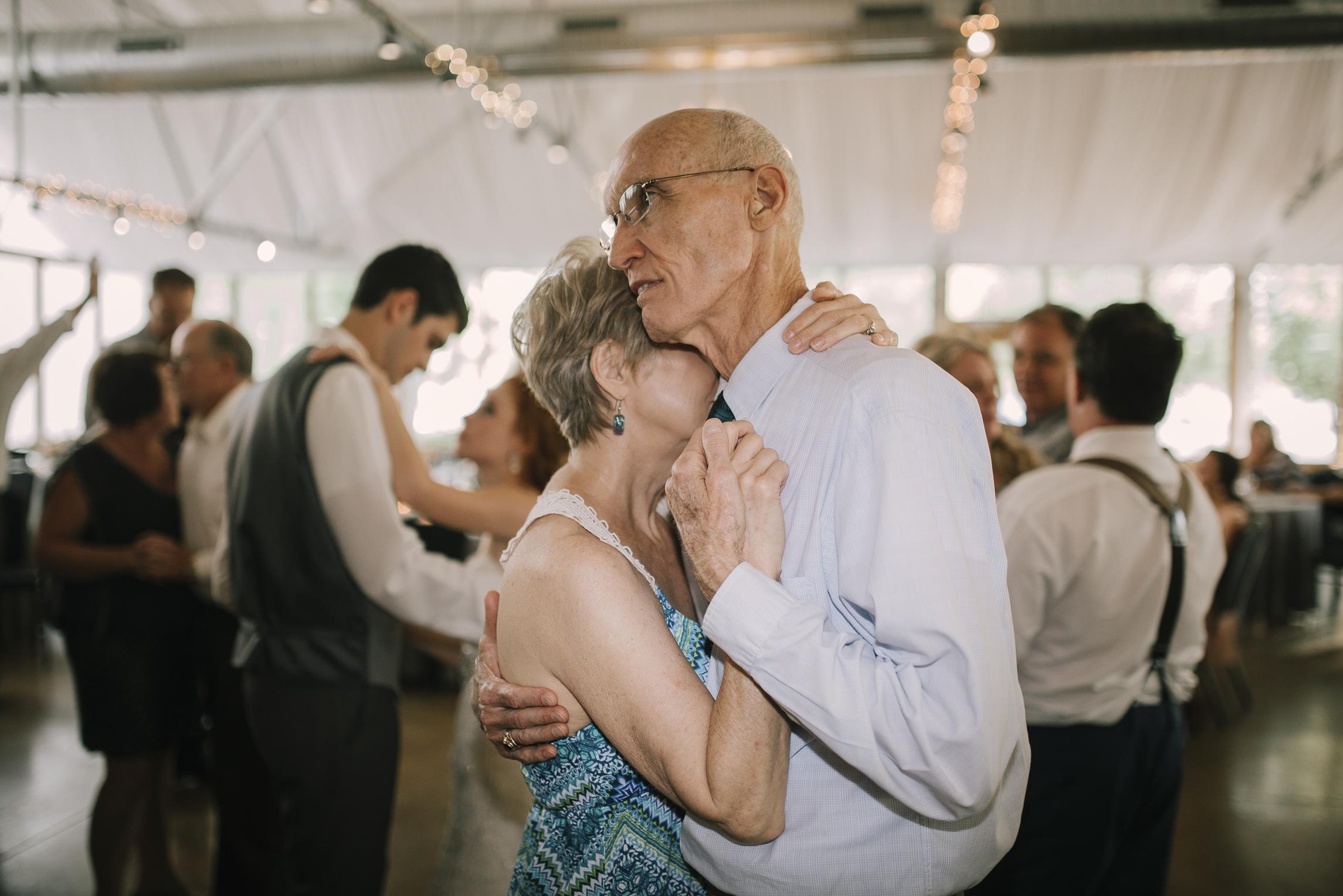 web sized images -- no to print --CALVIN & MCKYLEY WEDDING PHOTOS - COLORADO PHOTOGRAPHER - DEBI RAE PHOTOGRAPHY-2274.jpg