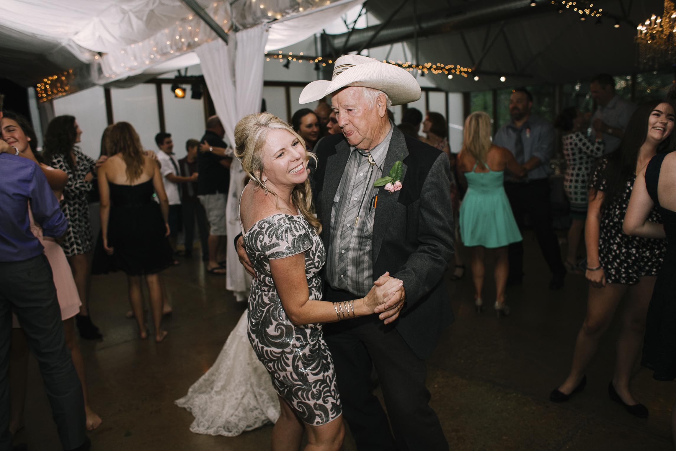 web sized images -- no to print --CALVIN & MCKYLEY WEDDING PHOTOS - COLORADO PHOTOGRAPHER - DEBI RAE PHOTOGRAPHY-2549.jpg