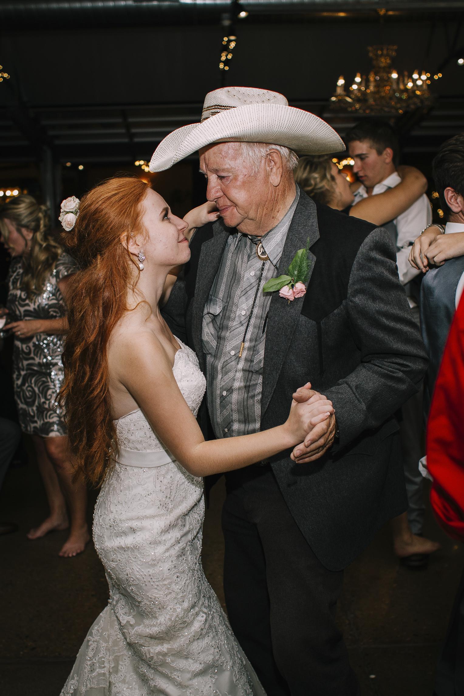 web sized images -- no to print --CALVIN & MCKYLEY WEDDING PHOTOS - COLORADO PHOTOGRAPHER - DEBI RAE PHOTOGRAPHY-2614.jpg