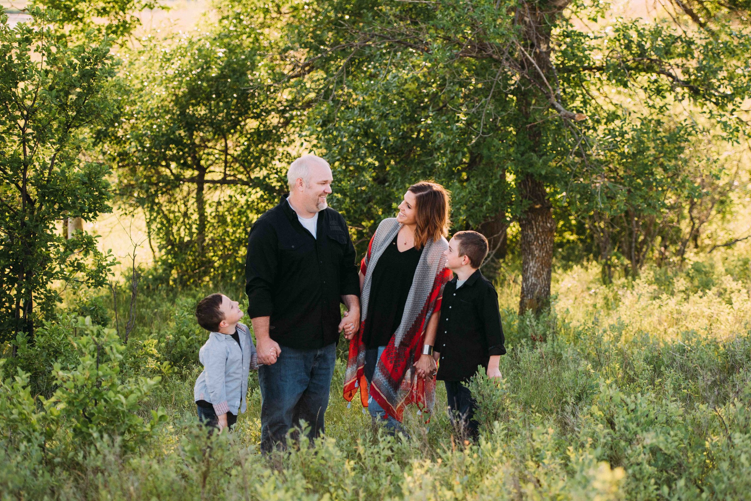 WEB - debi williams debirae photography photos photo families family couple enagements maternity baby newborn portraits portrait colorado wyoming North dakota-4378.jpg