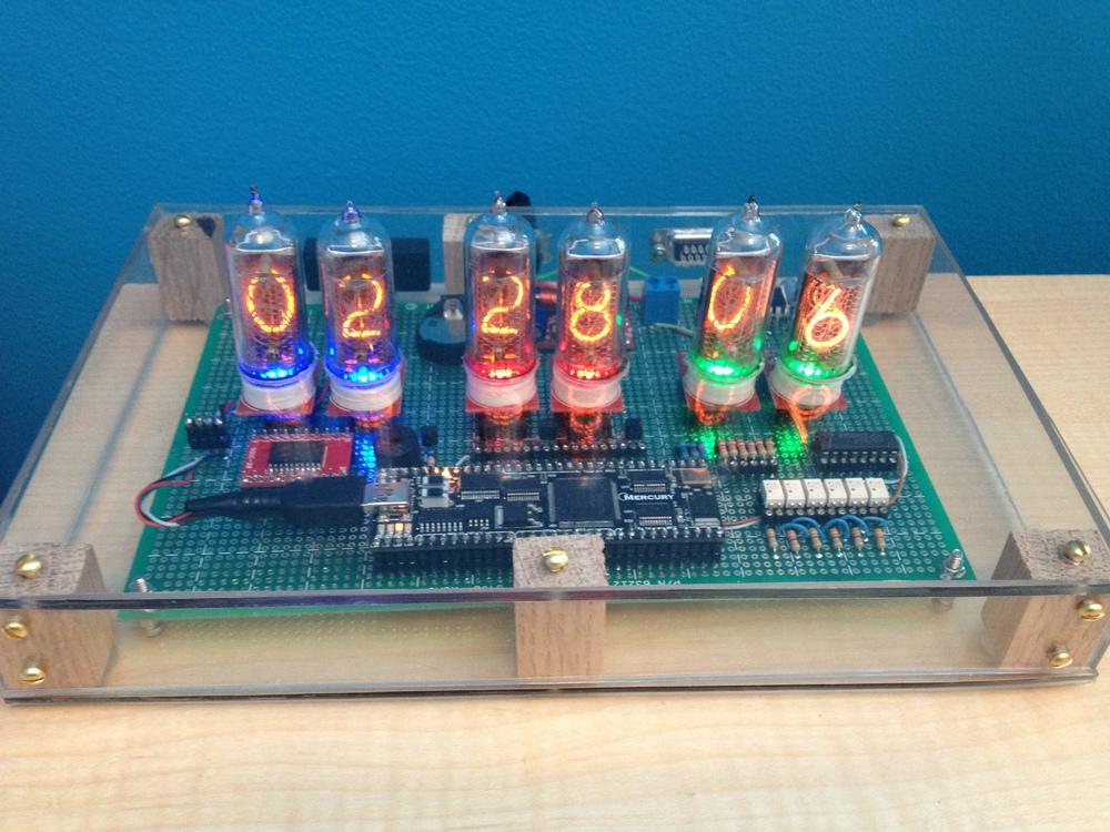 Completed six-tube IN-14 Nixie clock