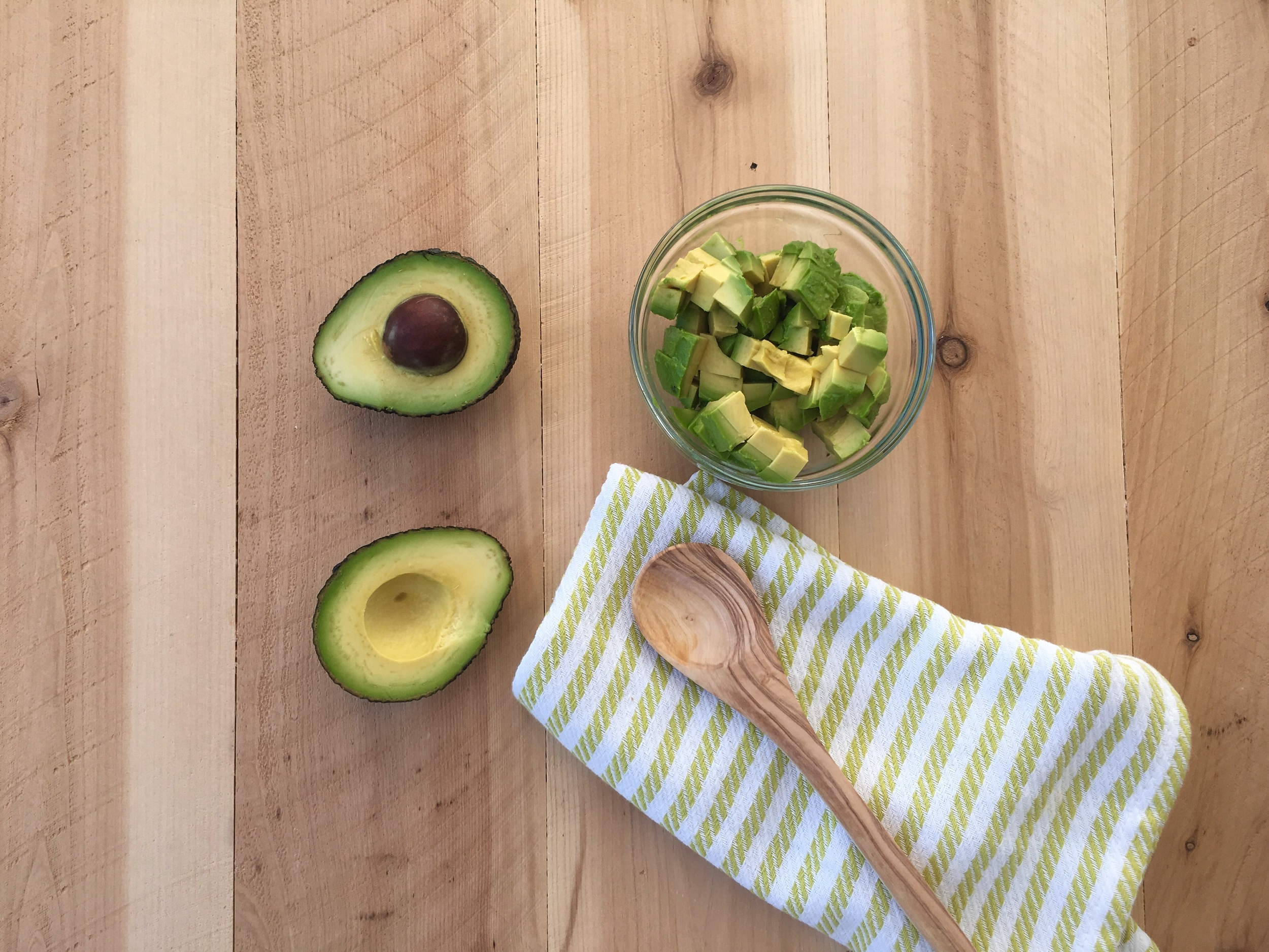 See those little bruises in the hollow of the avocado? INEXCUSABLE!