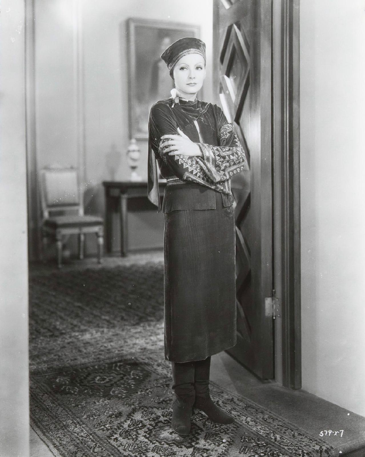 1931-Greta-Garbo-Mata-Hari-380652806614-060813.jpg
