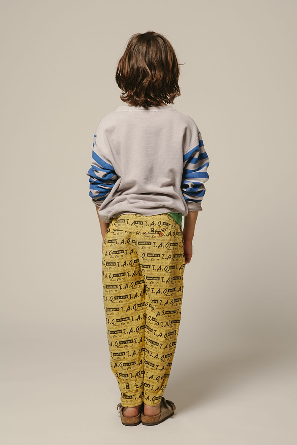 The-Animals-Observatory-Bear-Long-Sleeve-Blue-Stripes-Sweater-Ashes-of-Roses-000179-www.kidsdepartment.co.uk-32.jpg
