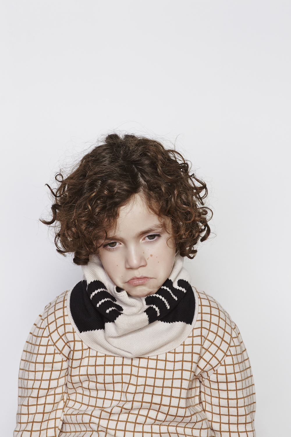 Tinycottons-AW16-Hands-Buff-Knit-Scarf.jpg