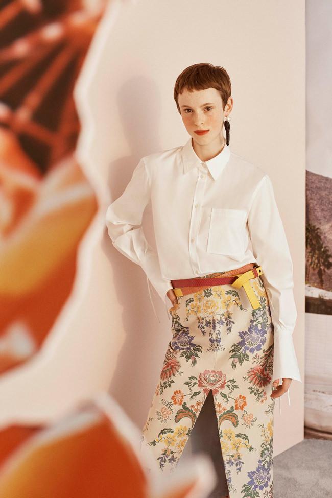 Carolina-Herrera-Resort-2019-Collection-GALLERY-Fashion-Tom-Lorenzo-Site-39.jpg