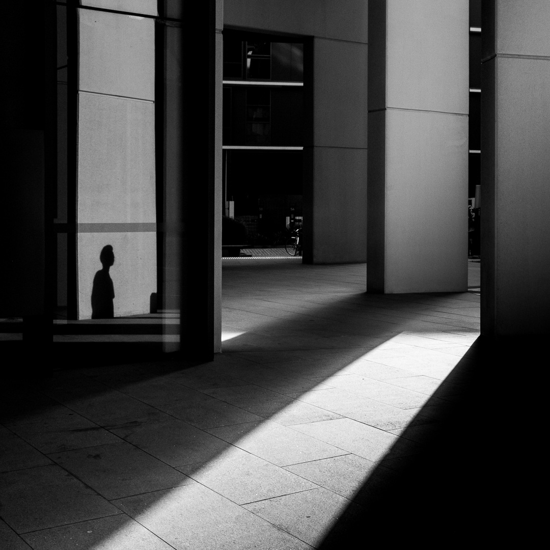 Silhouettes can also appear in reflections | Sydney, 2018