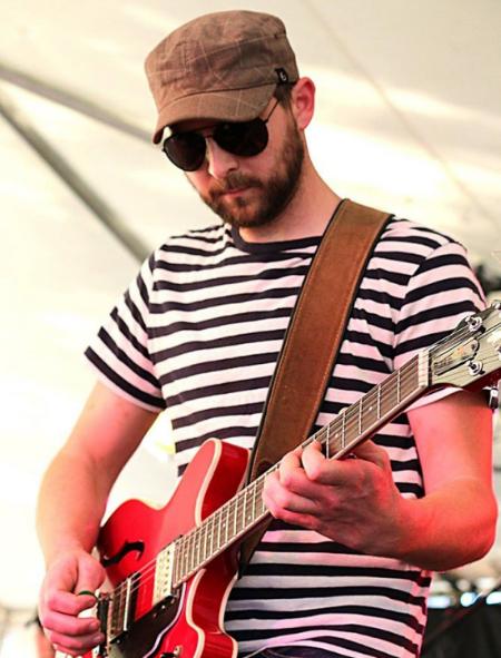 Kevin martin, guitar/vocals