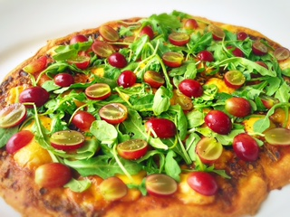 Hatch Chile Flatbread with Arugula and Grapes