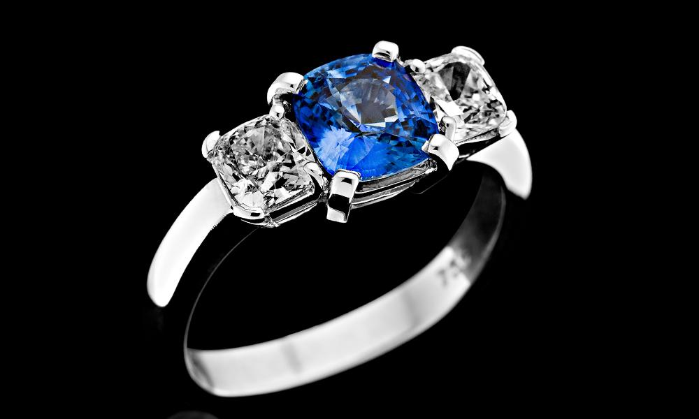 Blue Sapp 3 stone.jpg