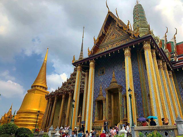 🇹🇭 Grand Palace —— #thailand #bangkok #travel #grandpalace #shotoniphone #asia