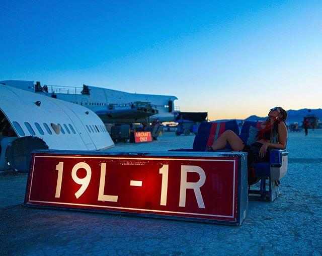 🔥✈️ 19L-1R @catnixx — #burningman #boeing #blackrockcity #sonyalpha #sunset