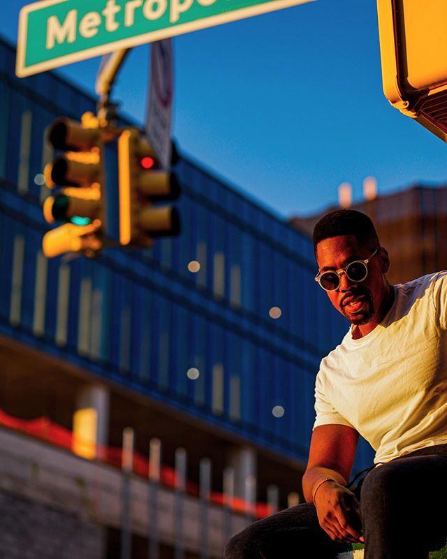 First photo of the street photo shoot with @joedeez_ —- #williamsburg #brooklyn #streetphotography #sonyalpha