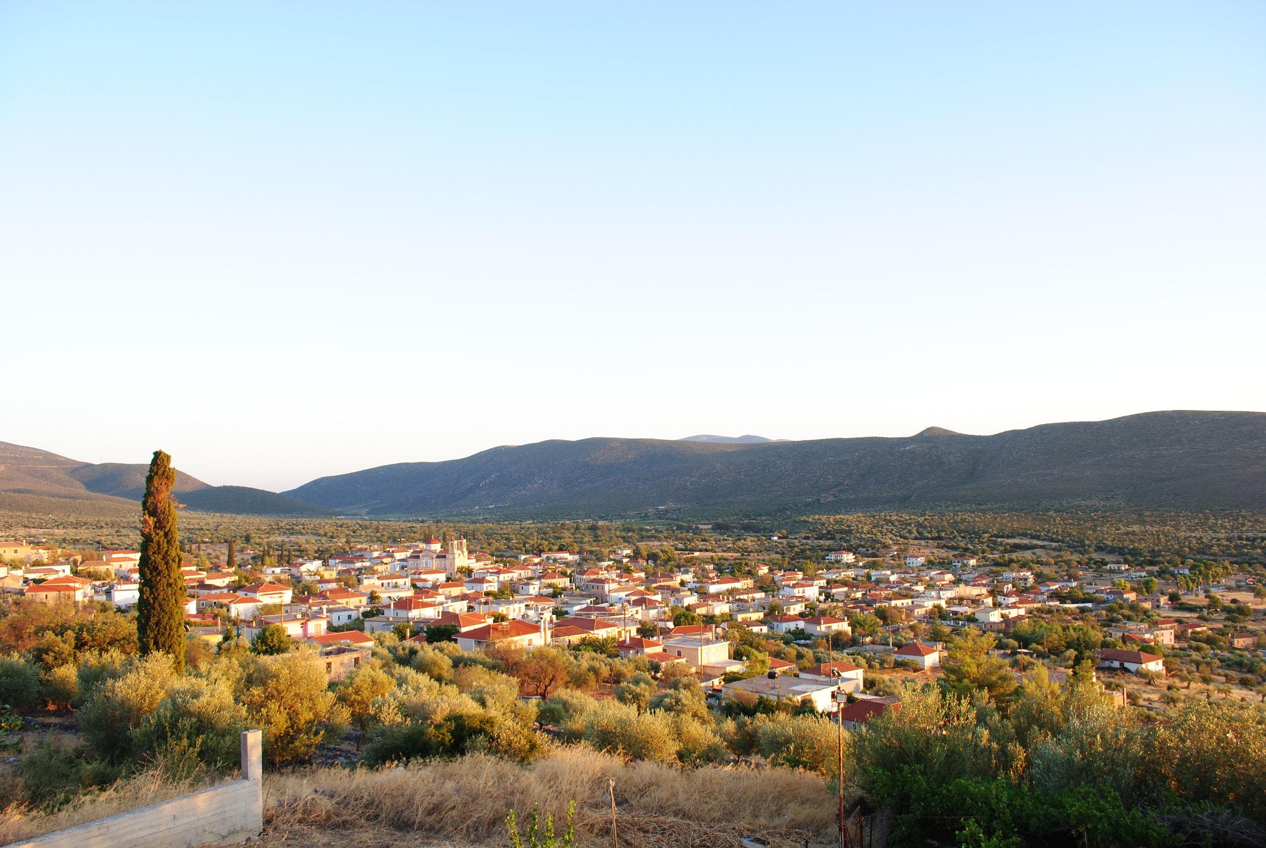 Niata Lakonia, The home of KOUZINI