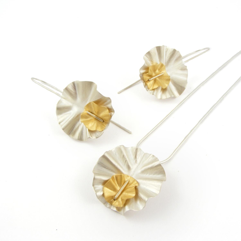 Sweetpea Pendant & Earrings