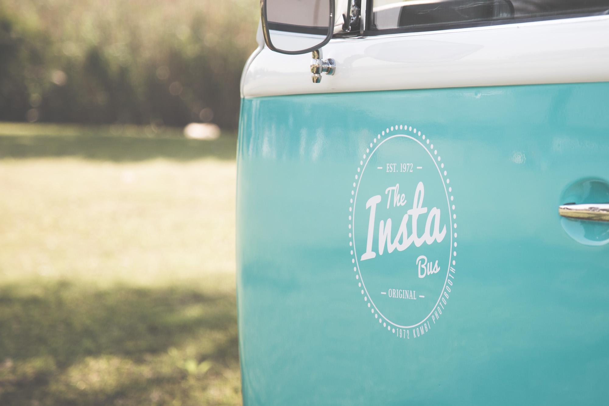 The Insta Bus logo