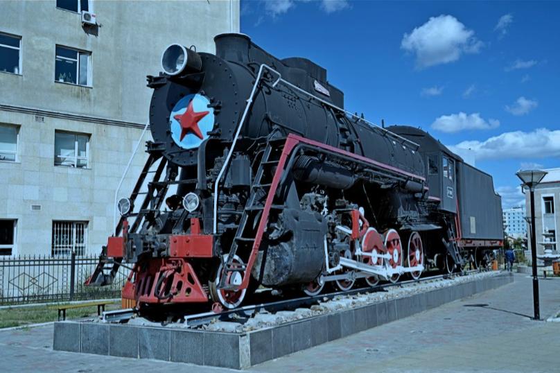 Mongolian State Railways 2-10-0 No. L-3167 plinthed at Ulan Bataar Railway Station, Mongolia [Trans-Mongolian Railway]. Photo by Tony Richards.