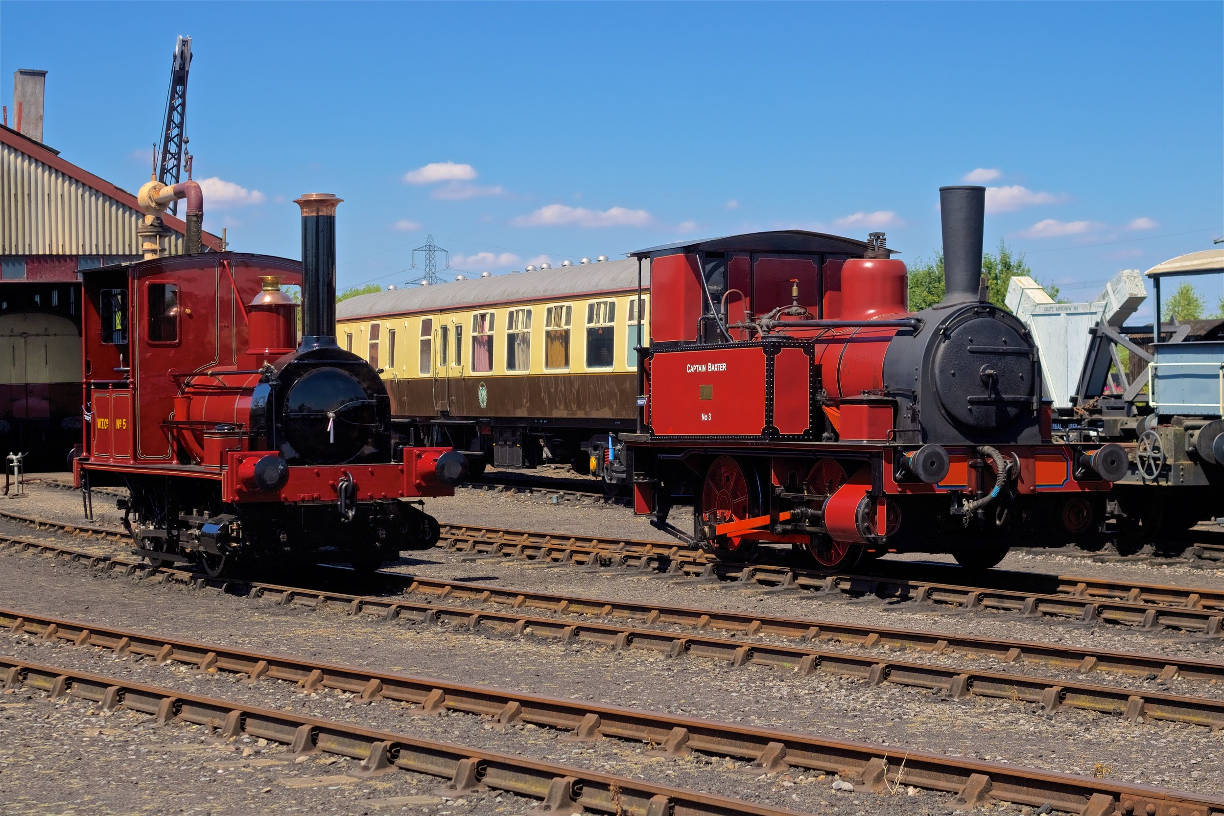 """Fletcher Jennings & Co. - """"Captain Baxter"""" and George England and Co. - """"Shannon"""" at the Didcot Railway Centre July 15th. Photo by Gwion Rhys Davies."""