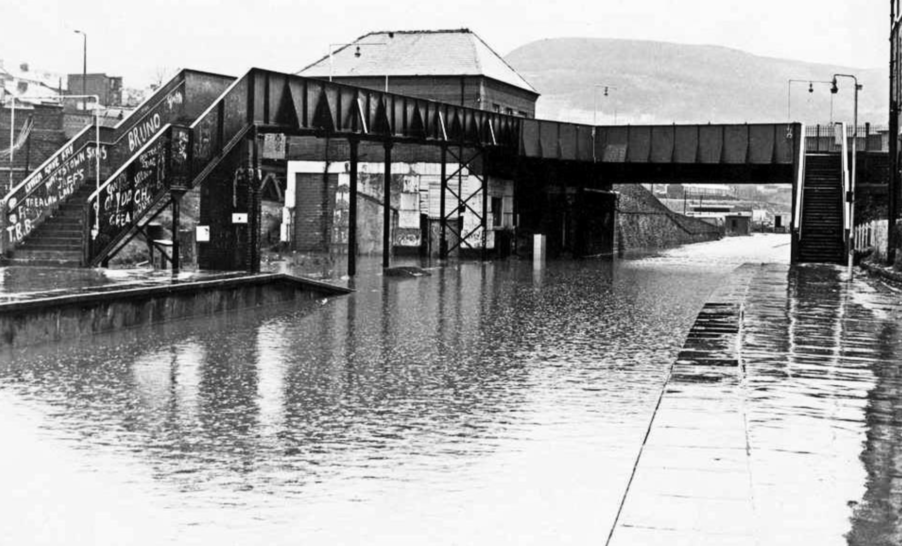 A remarkable photograph of Tonypandy Station taken during the floods of 1979.One wonders what the members of the 'Wattstown Skins' are doing now?  Photograph: origin unknown but used with thanks.