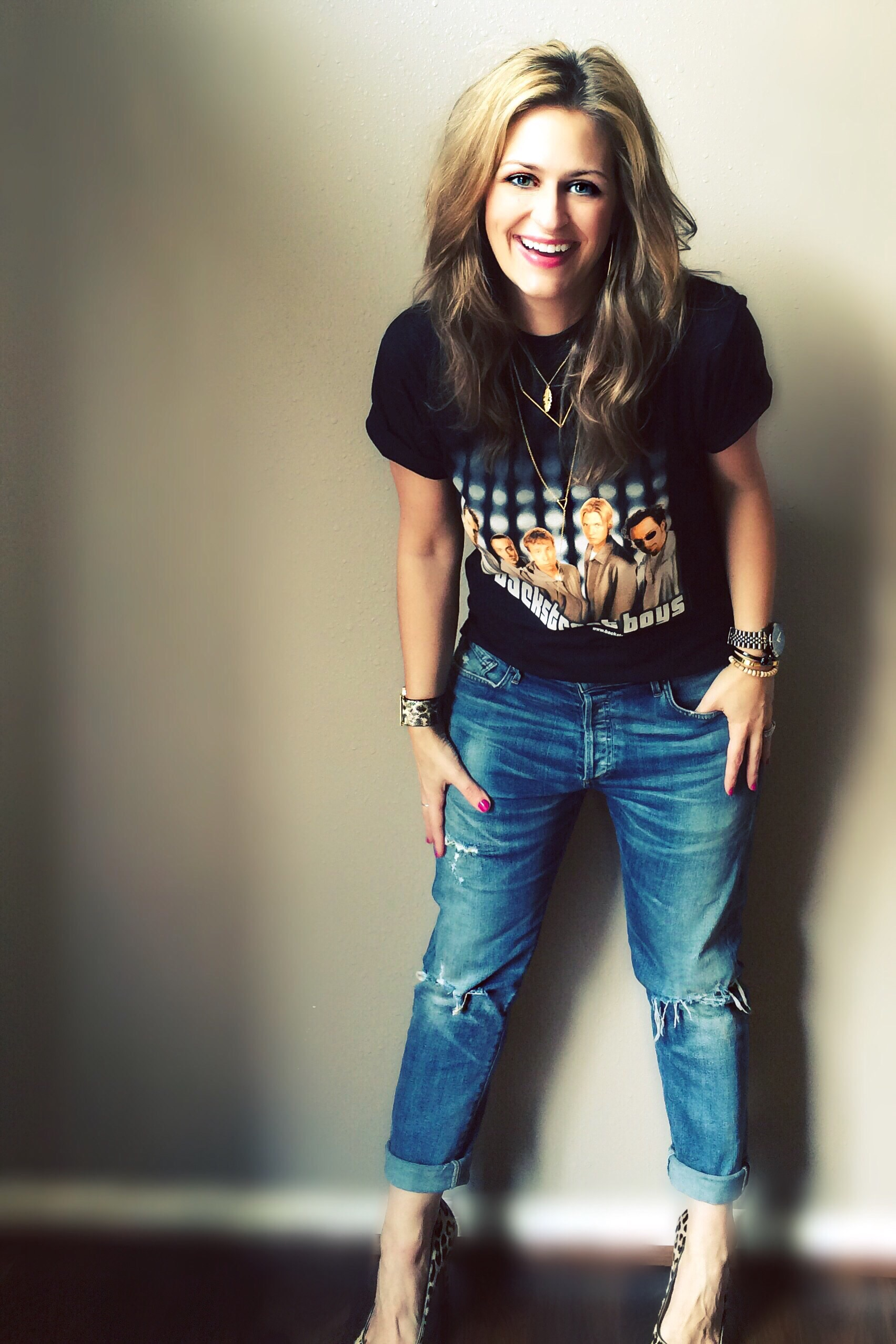 Wearing my absolute favoriteclassic vintage Backstreet Boys tee- this love is here to stay- with my new favorite Citizens of Humanity jeans. You can purchase them  here .