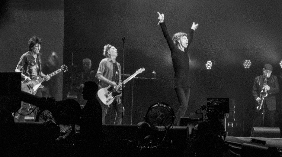 Rolling_Stones_in_Hyde_Park_2013.jpg