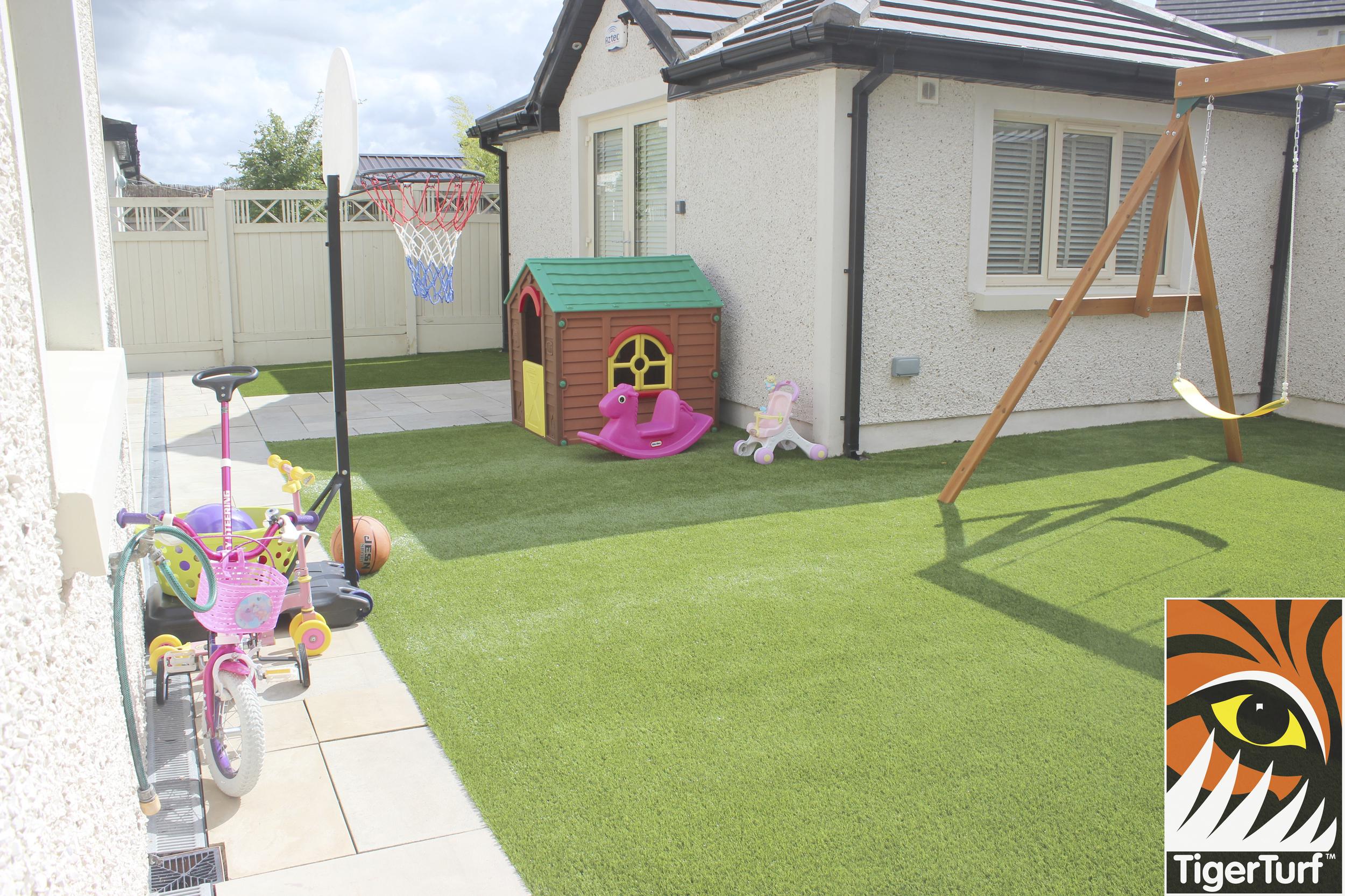 Tigerturf Finesse lawn installation