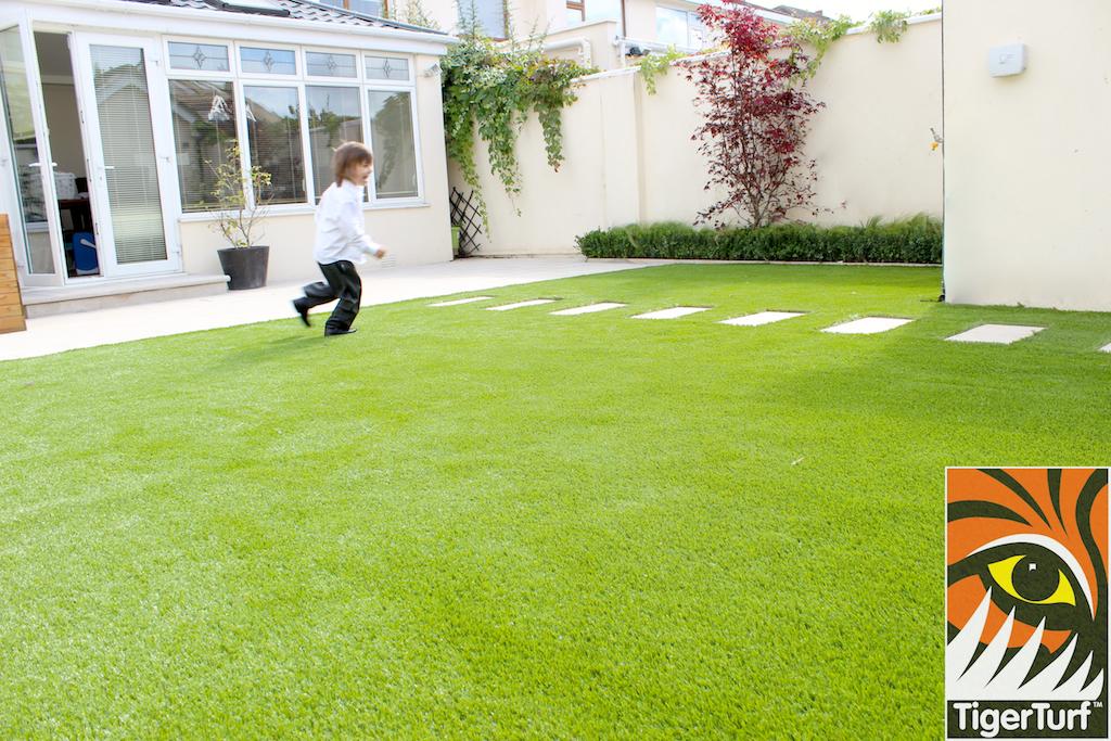 kid running around garden