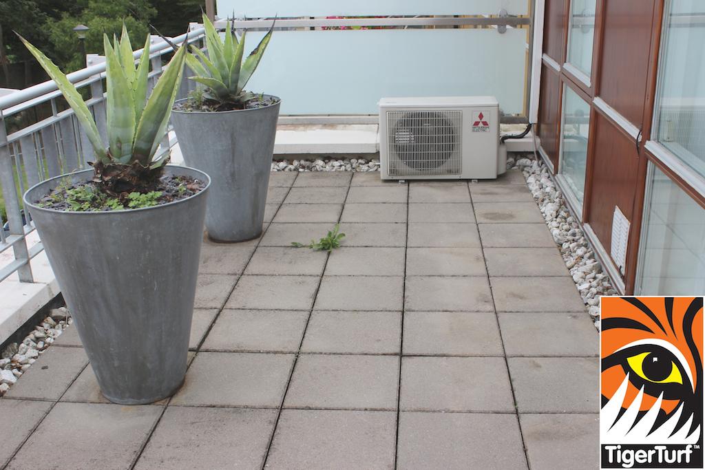 balcony prior to turf install