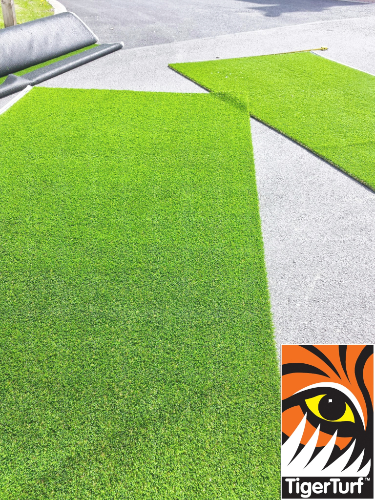 TigerTurf Finesse Deluxe