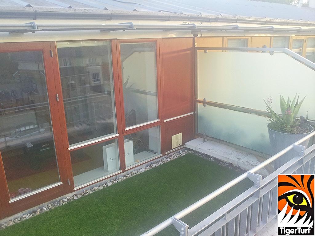 TigerTurf installation on new balcony