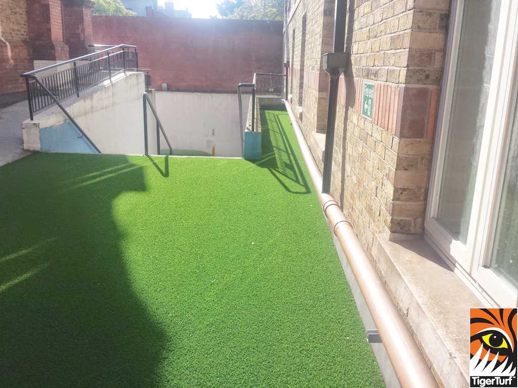 courtyard in artificialgrass