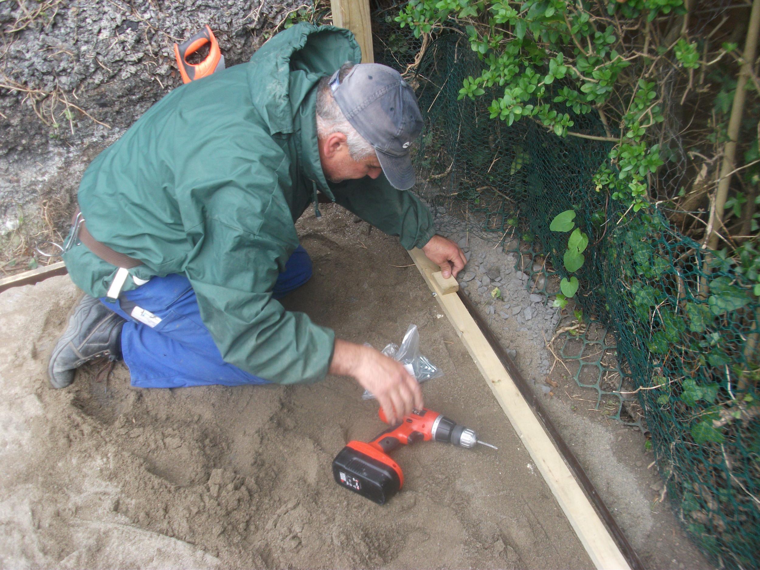 attaching timber to edging.JPG