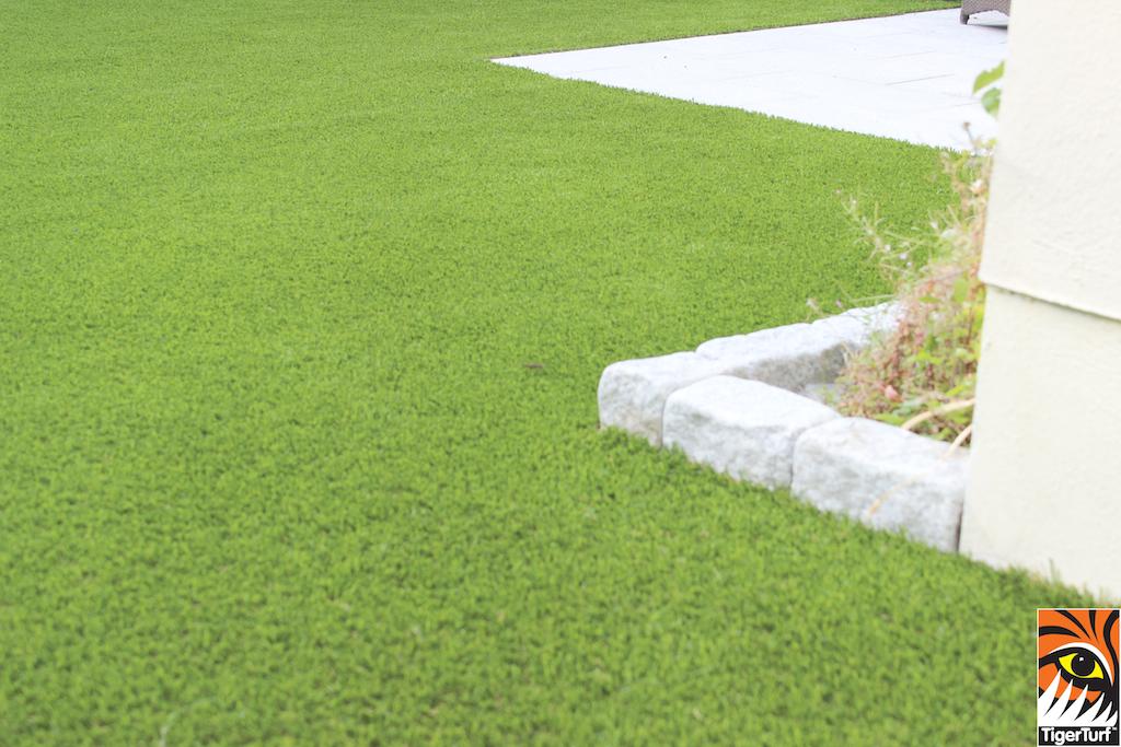 artificial grass Tiger Turf installation