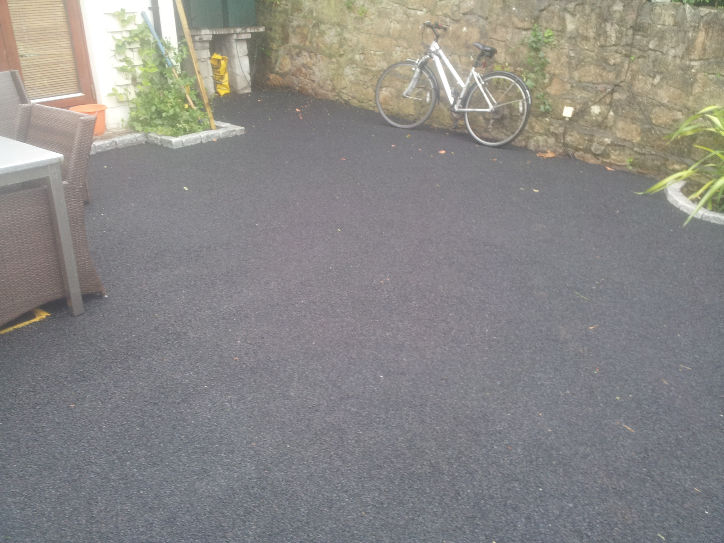 installation of soft rubber shock pad