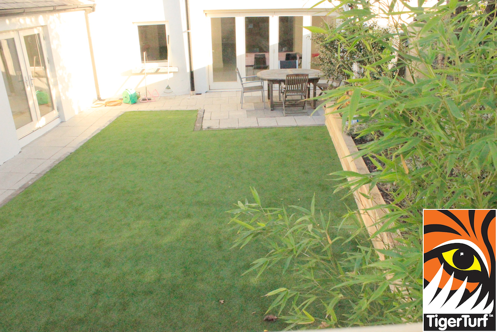 synthetic grass in family garden 210.jpg