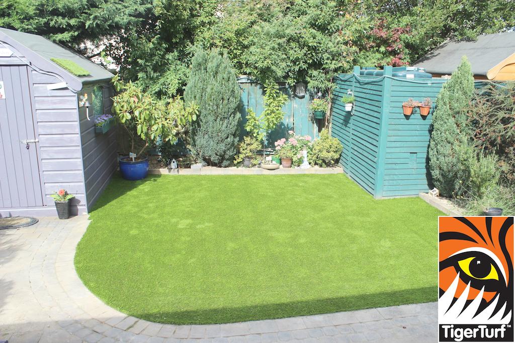 curving TigerTurf Lawn