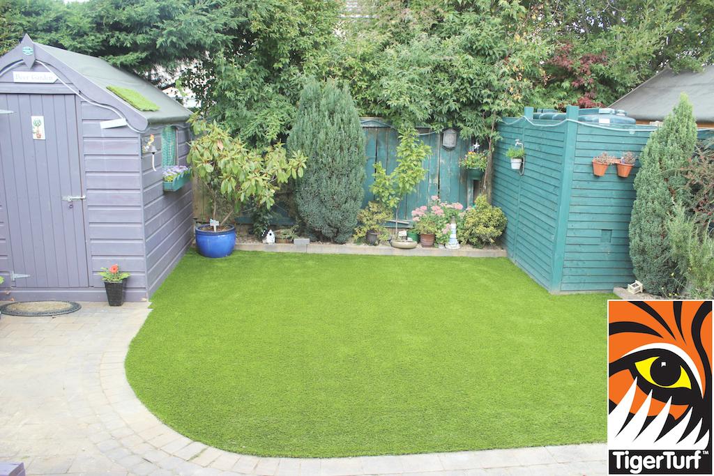 synthetic grass in family garden 90.jpg