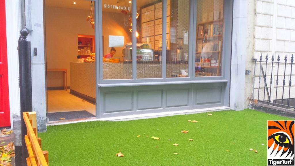 synthetic grass dublin cafe 2.jpg