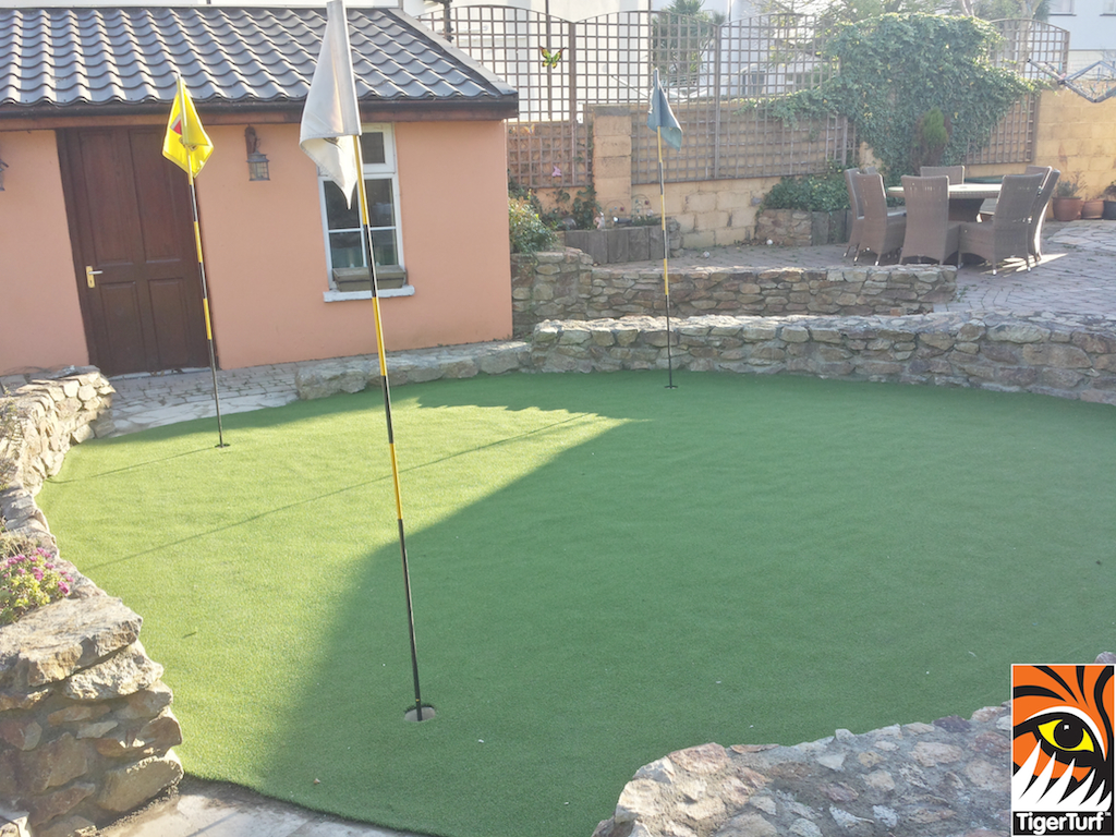 new garden golf putting awn