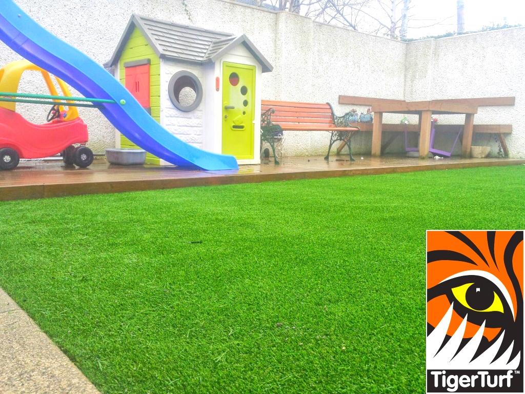 synthetic grass garden lawn