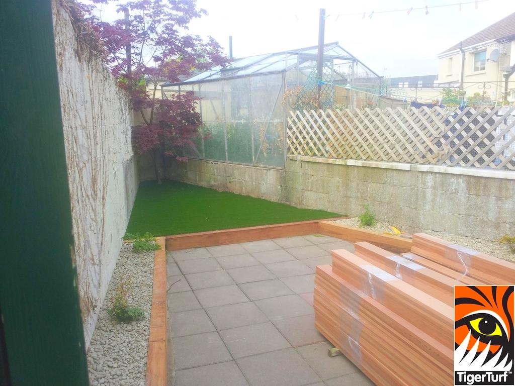 synthetic grass in family garden 3.jpg