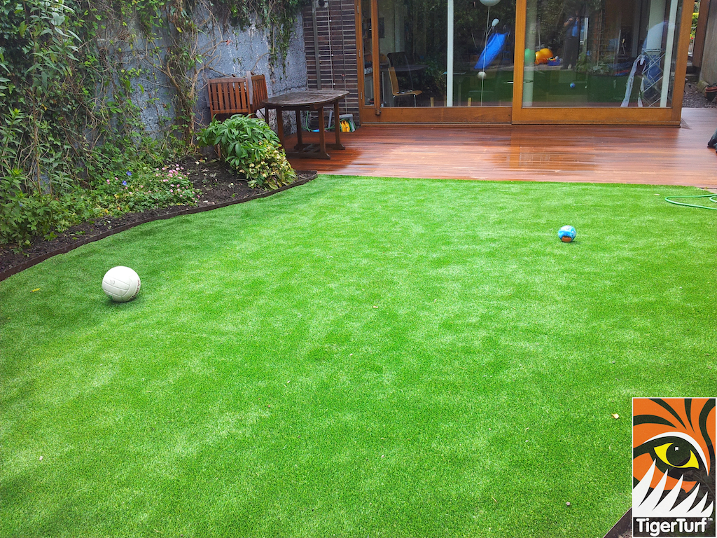 decking and lawn turf 720.jpg