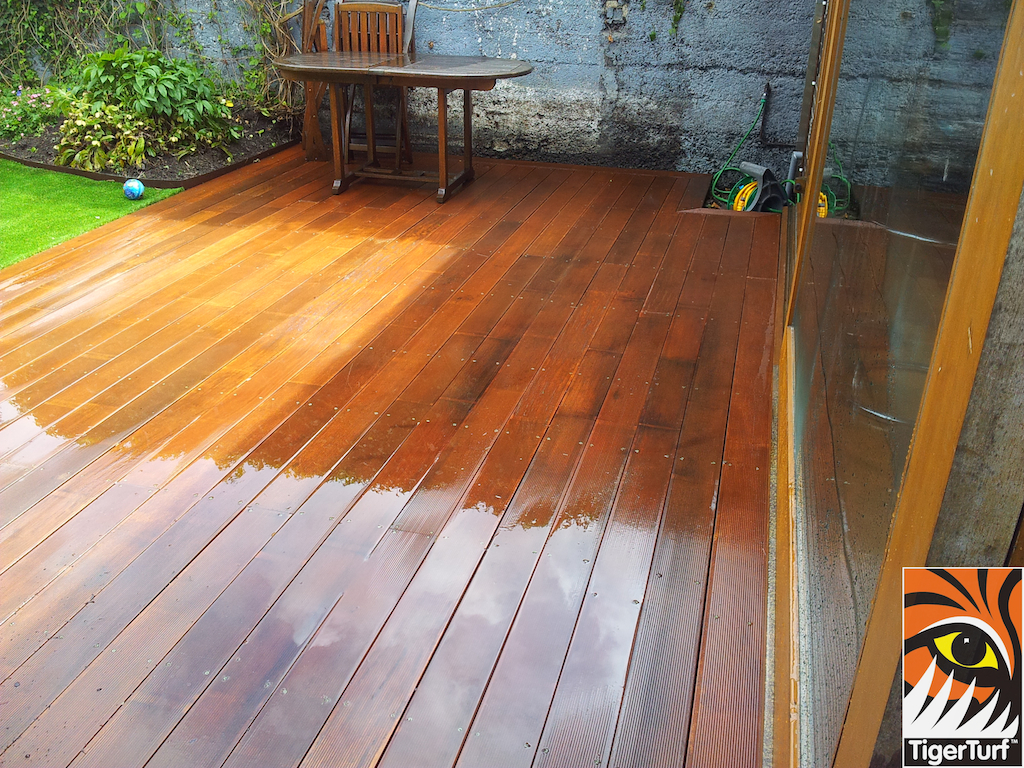 decking and lawn turf 750.jpg
