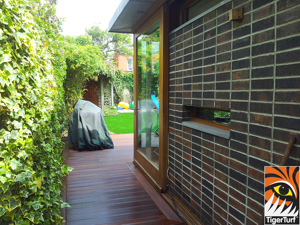 decking and lawn turf 775.jpg